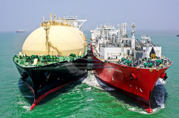 2000th STS transfer of LNG at MLNG