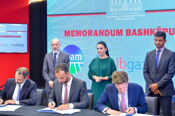 Signing ceremony for new pipeline in Albania